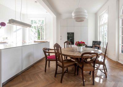 M26-Küche-Tisch