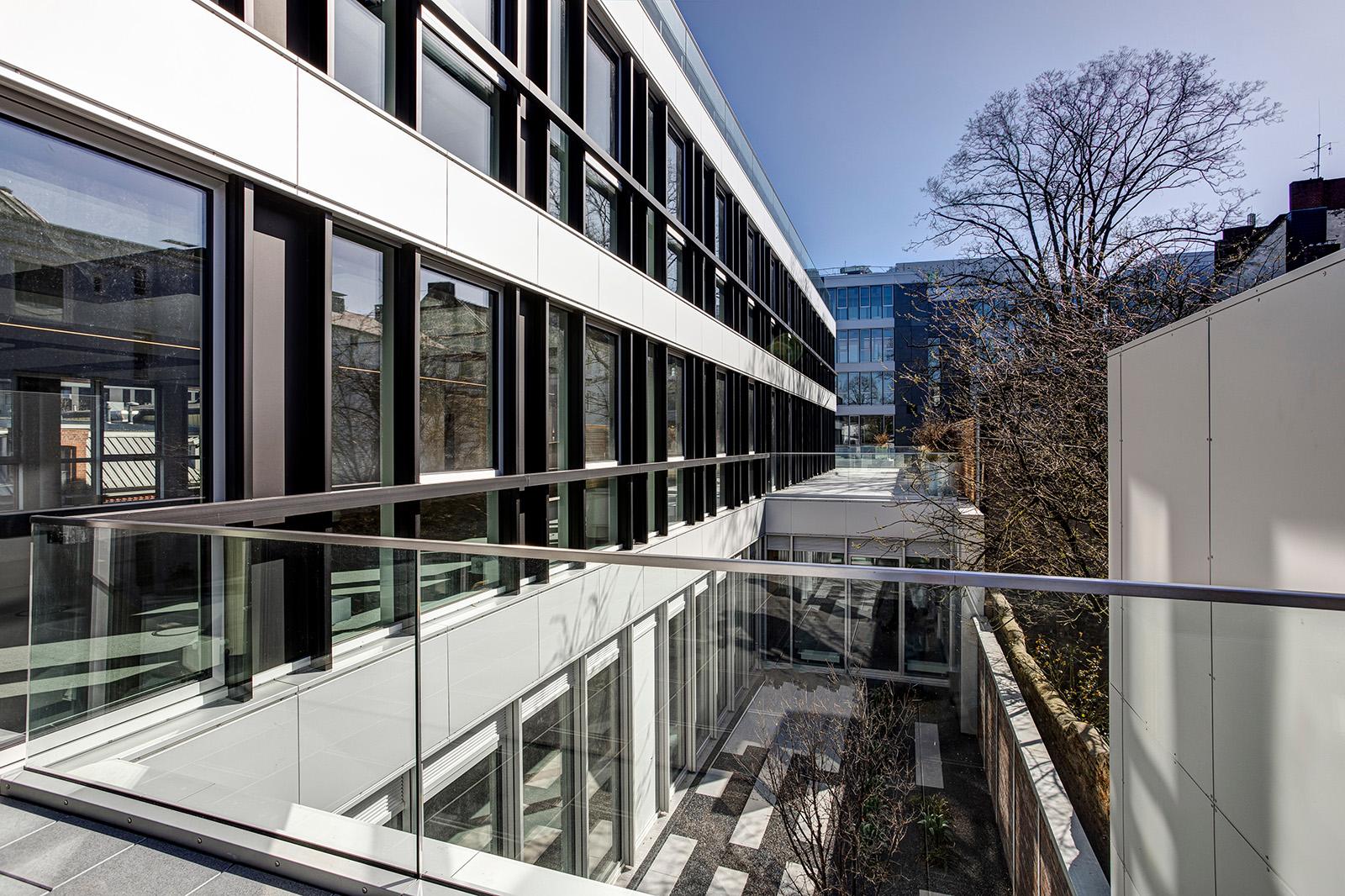 PK1-Flex-Gebäude-Terrasse