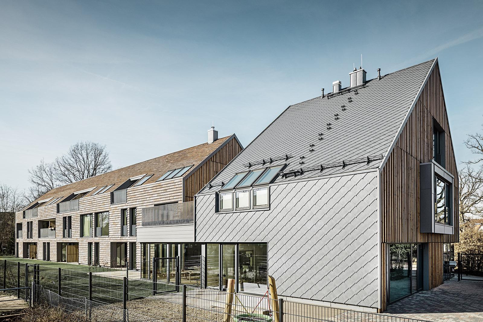 Töllke Stiftung-Südfassade - Foto-PREFA-Croce & Wir
